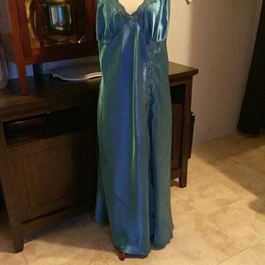 1X Teal Sexy gown